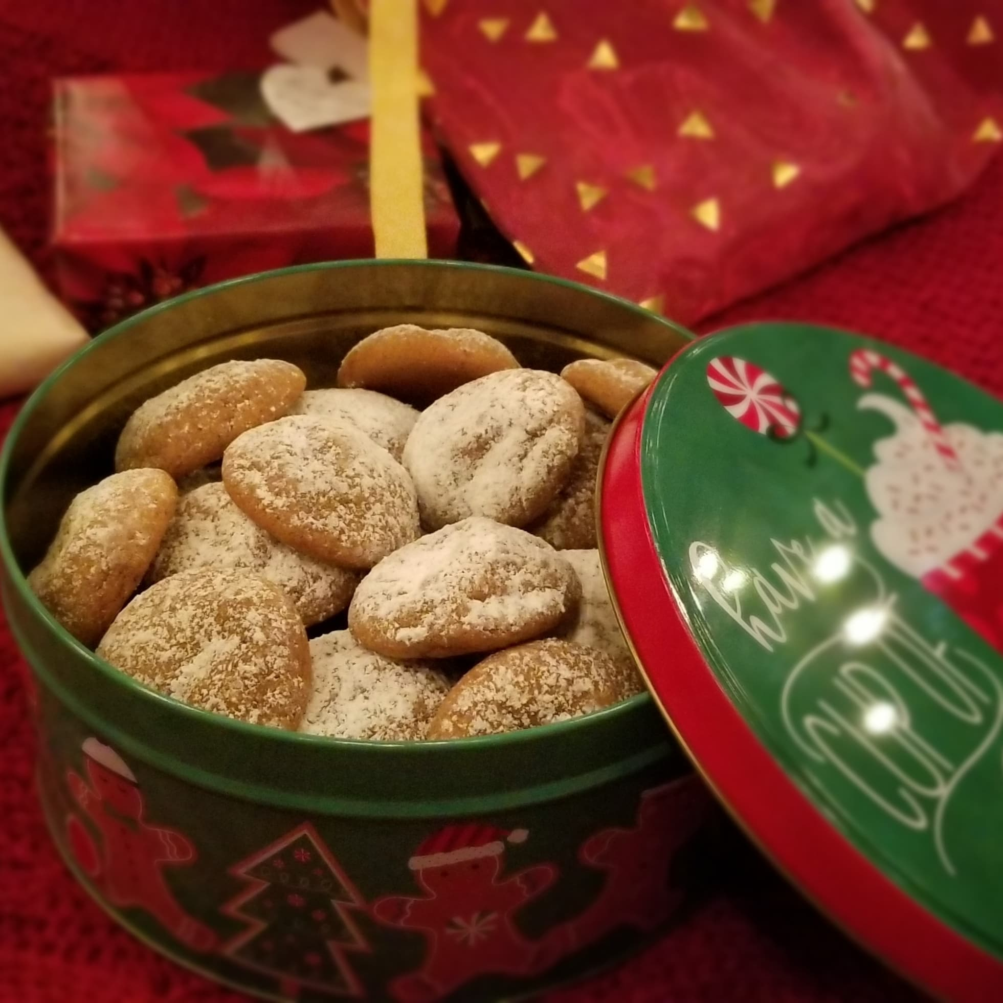 Pfeffernüsse Cookies (Chewy German Spice Cookies)